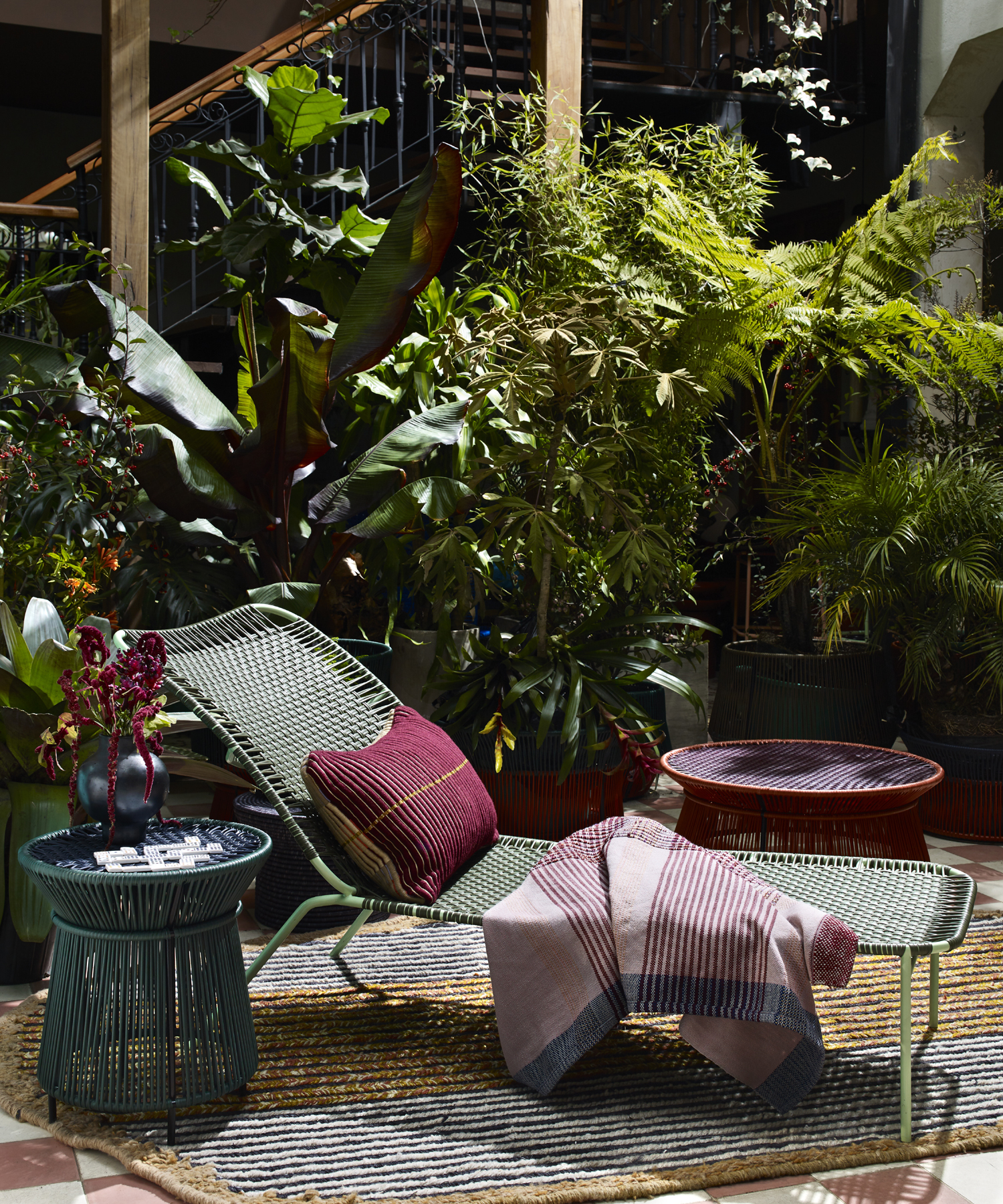 Caribe Chic - Basket Table