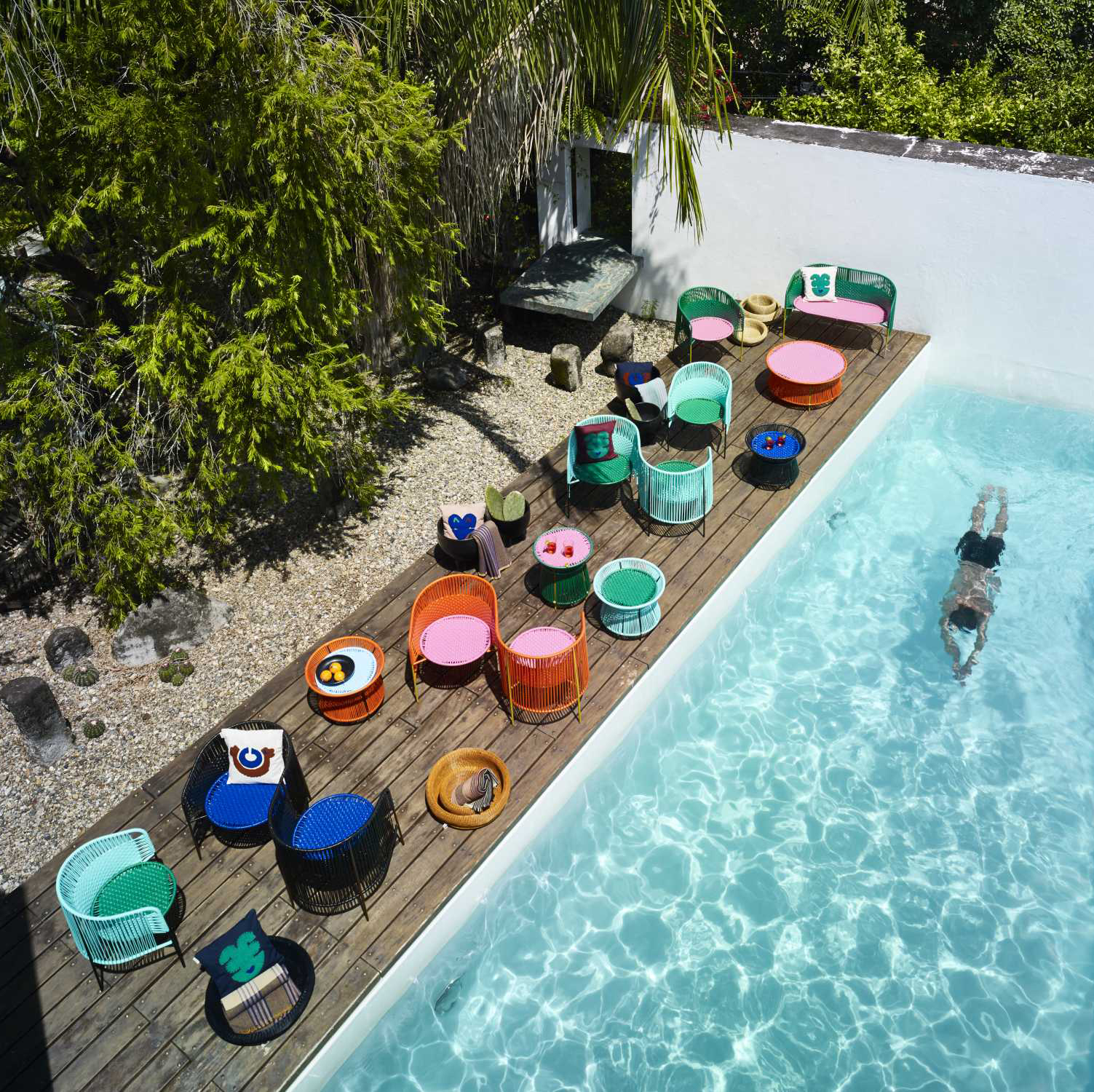 Caribe - Vis a Vis Bench